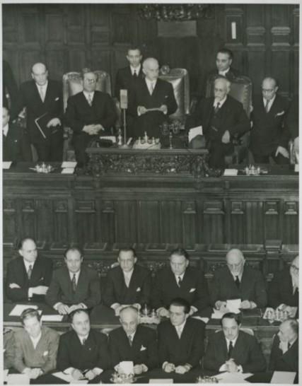Giuramento capo dello stato einaudi 12 maggio 1948 for Camera dei deputati archivio storico