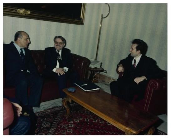 Il presidente della commissioni esteri della camera dei for Camera dei deputati commissioni