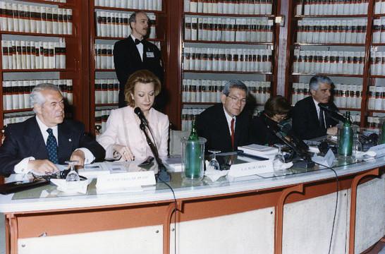 Presentazione del libro ricordi d 39 italia 20 aprile 2001 for Camera dei deputati italiana