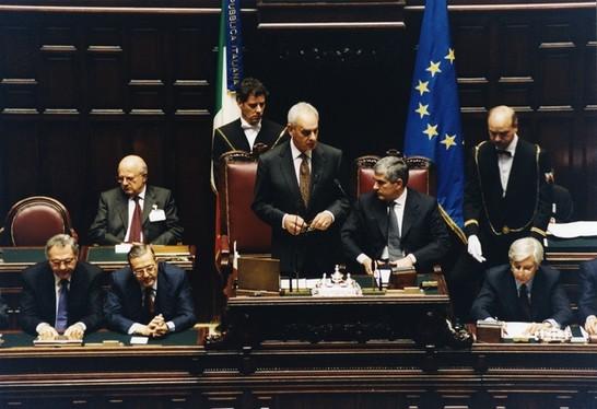 Iniziativa per l 39 avvenire dell 39 europa 30 novembre 2001 for Senato repubblica