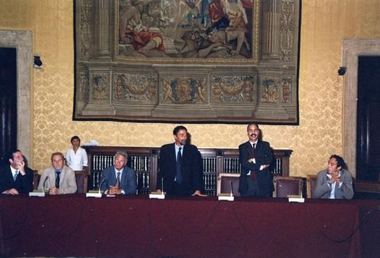Il vice presidente della camera dei deputati carlo leoni for Presidente camera dei deputati attuale