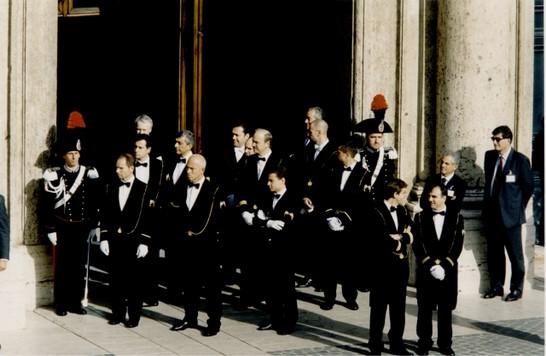 Visita di sua santit giovanni paolo ii al parlamento for Camera e senato differenze