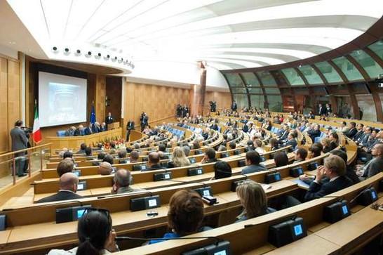 Inaugurazione della nuova aula del palazzo dei gruppi for Gruppi parlamentari