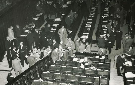 L 39 aula di montecitorio durante la votazione per l 39 elezione for Elezione camera dei deputati