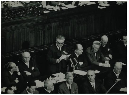 Presentazione alla camera del governo leone 1 luglio 1963 for Camera dei deputati archivio storico