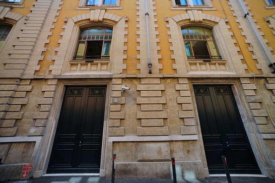 Esterni palazzo dei gruppi i palazzi della camera for Palazzo camera dei deputati