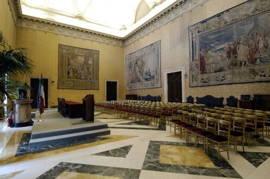 Sala della lupa palazzo montecitorio i palazzi della for Camera dei deputati palazzo montecitorio