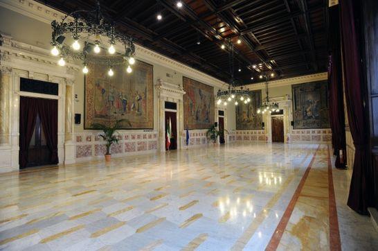 Sala della regina palazzo montecitorio i palazzi della for Camera dei deputati palazzo montecitorio