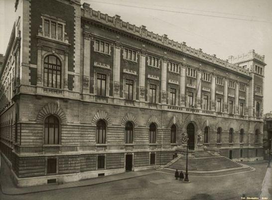 Esterni palazzo montecitorio i palazzi della camera for Parlamento in diretta